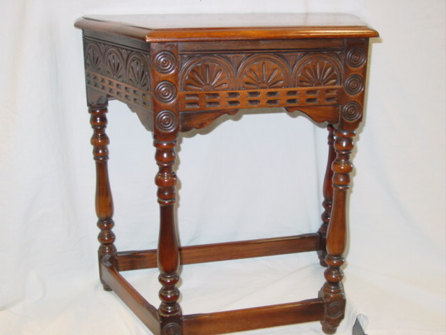 ANTIQUE ARTS & CRAFTS KITTINGER TABLE